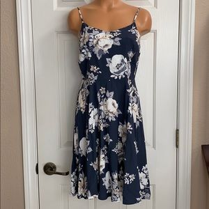 Old Navy floral summer dress NWT M